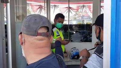 KACA PECAH! Pos Satlantas Simpang Pantai Cermin Sergai Diteror OTK