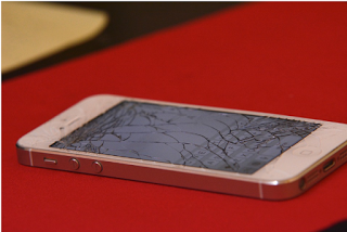 Escaping The Smartphone Cycle Of Planned Obsolescence
