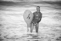 21 Zoe Grospiron Longboard Pro Biarritz foto WSL Damien Poullenot
