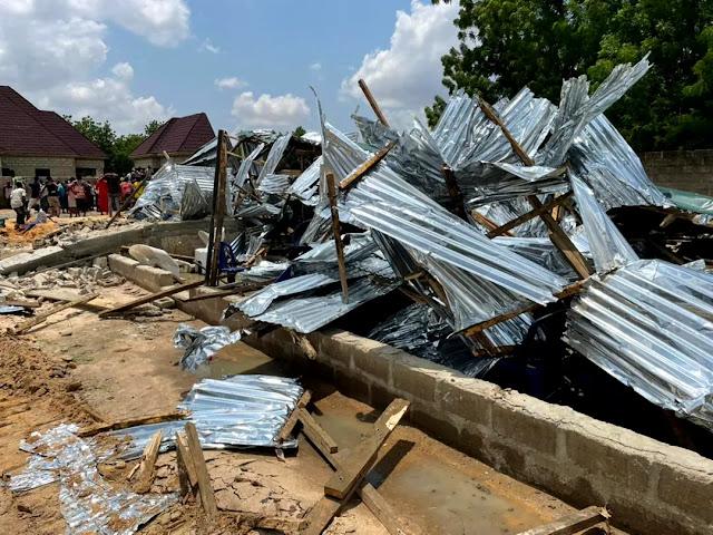 Filho de pastor é morto a tiros por tentar impedir demolição de sua igreja na Nigéria