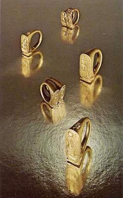 Tutankhamun Gold Rings