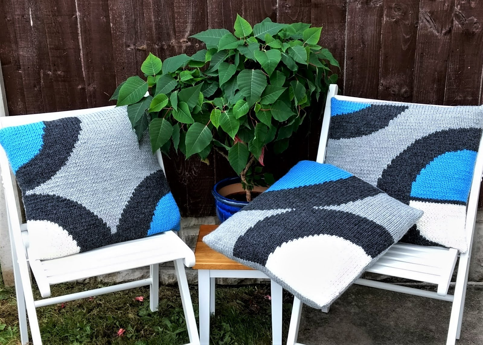 Spice up a Sofa Cushion Covers