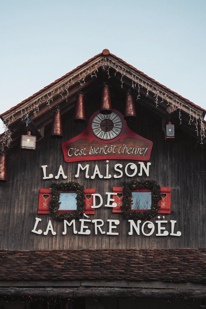 Maison de la mère Noël au hameau du Père Noël en Haute-Savoie