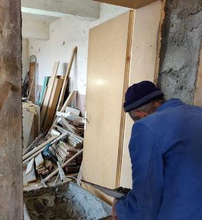 Finishing the edges of the door way