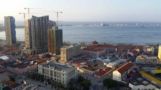 Foto: bmadeira,  Luanda, Angola