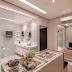 Closet aberto ao banheiro com decor contemporâneo e cores claras!