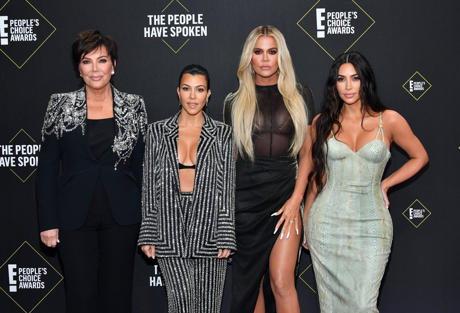 The Kardashian sisters bare curves at the 2019 People's Choice Awards