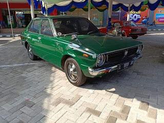 Dijual Sedan Jadoel Corolla 1975