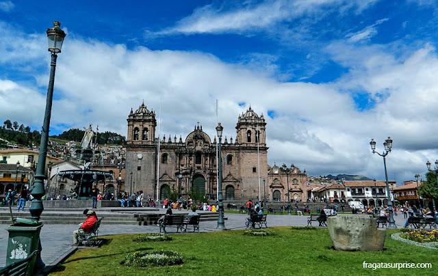 A Praça de Armas de Cusco e a Catedral