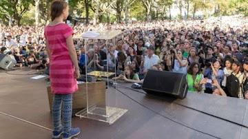 O eco-fascismo: Greta Thunberg, é escudo humano dos lunáticos