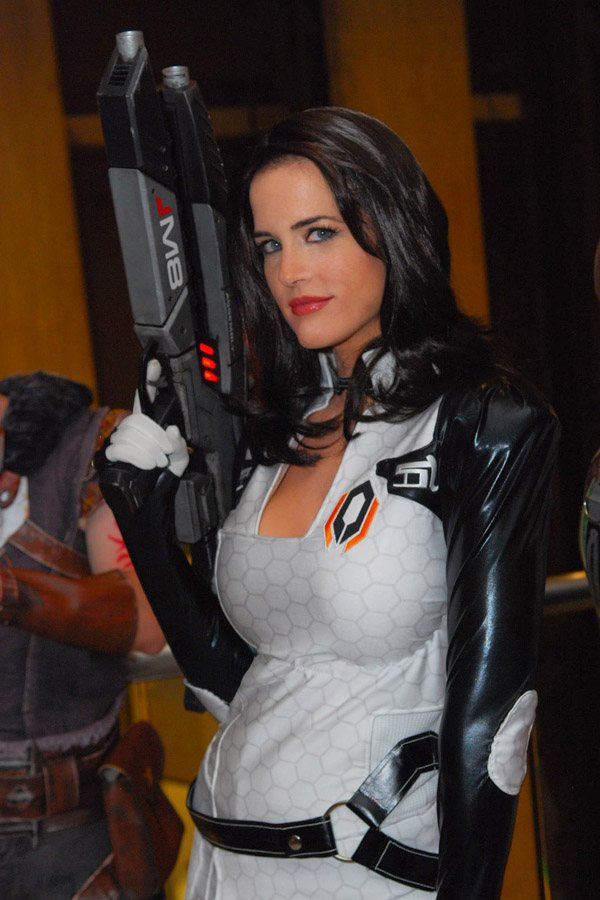Miranda cosplayer from the Mass Effect series