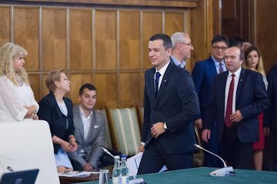 Sorin Grindeanu, PSD, Liviu Dragnea, Grindeanu-kormány, Románia