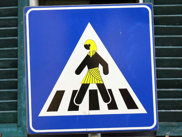 Clet Abrahams, pedestrian crossing with an Egyptian, via del Monte alle Croci, Florence