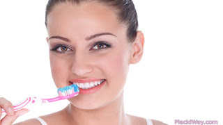 brush teeth img