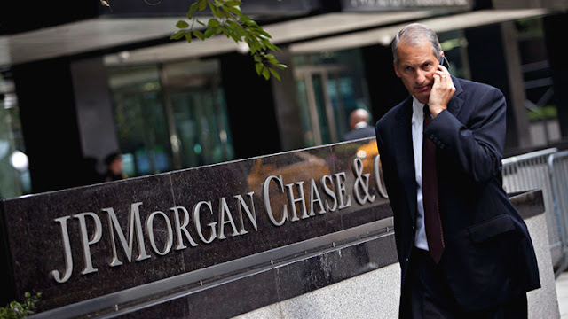 """""""Dile a tus chicos que lo rebajen"""": De cómo JP Morgan manipulaba los tipos de interés"""