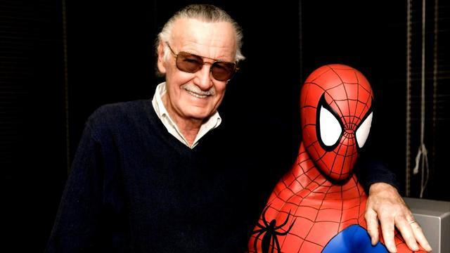 Stan Lee died at 95, how Stan Lee became the superhero of Marvel, Biography/Stan Lee with Spiderman