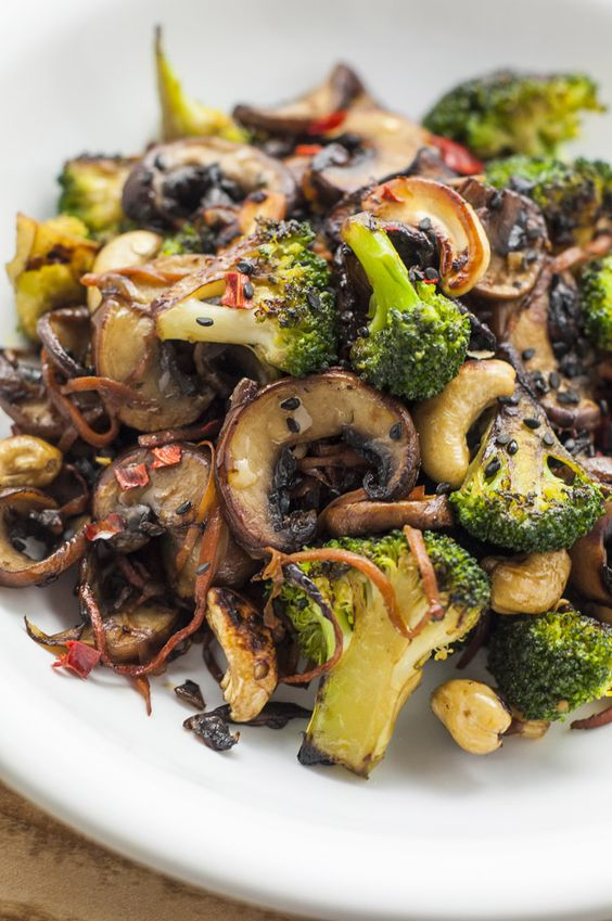 Broccoli And Mushroom Stir-Fry | Healthy Stir-Fry Recipes #broccoli #mushroom #stirfry #healthyfood #healthyrecipes #vegan #veganrecipes #veggies #vegetarianrecipes