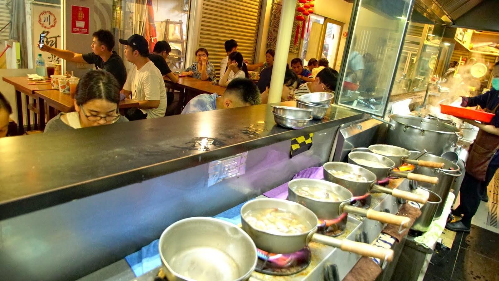 台南冠津海鮮粥將被強制驅離!點出市場問題者優先被處分?
