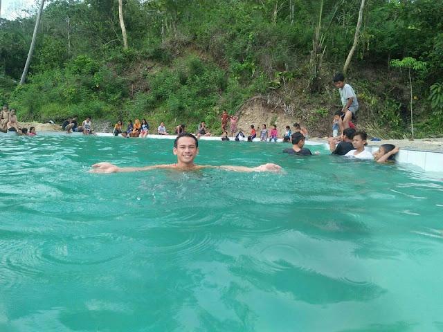 Wisata Kolam Permandian Air Panas 'Uwai Makula Ratematama'