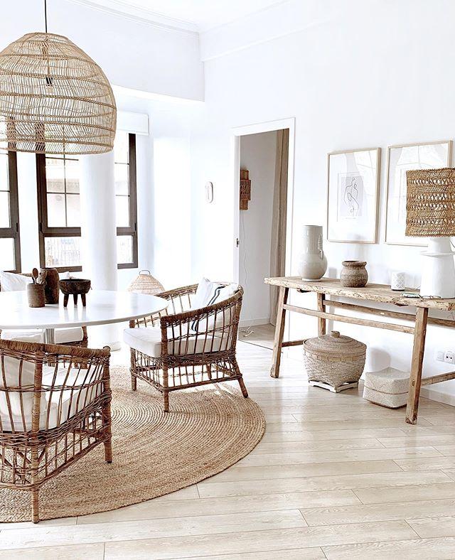 Casa en Palma de Mallorca en estilo rustico escandinavo, blanca y natural