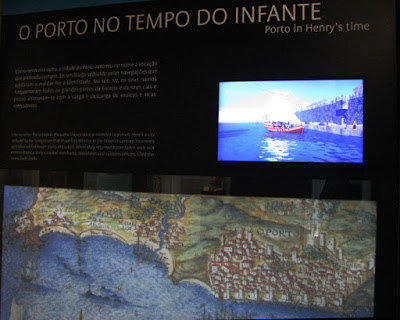 banner explicativo do Centro Interpretativo dos Descobrimentos na Casa do Infante