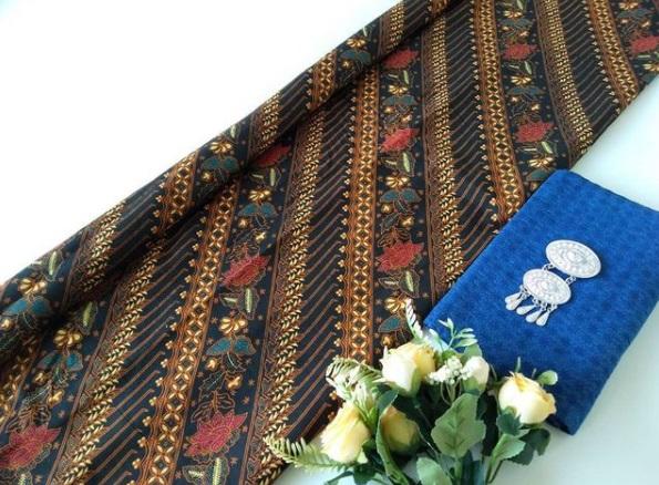 Bahan Batik Warna Biru
