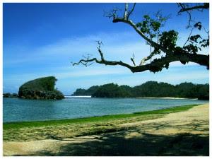 Pantai Kondang Merak, Malang Yang Penuh Pesona