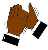 applaudir des deux mains pléonasme ou non