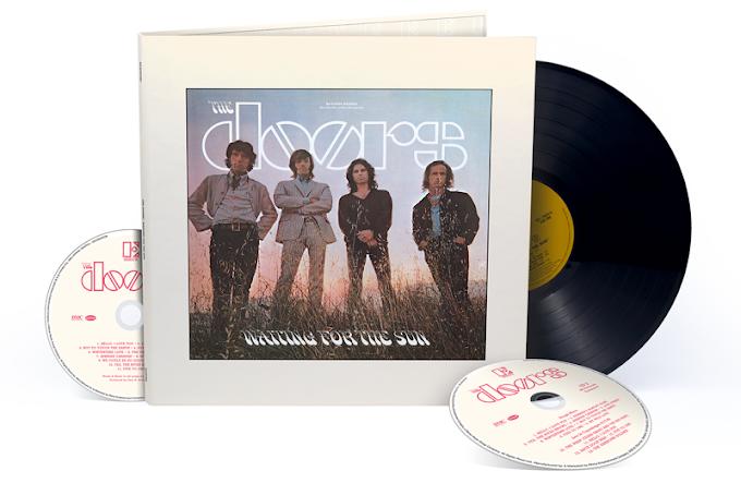 """Escucha una mezcla inédita de """"Hello, I Love You"""" de The Doors"""