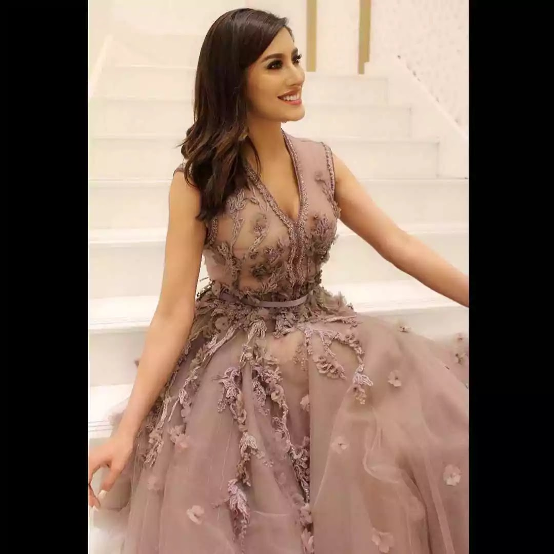 Mehwish Hayat Hints At Getting Married Soon