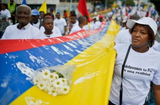 Colombianos marchan por la dignidad de las víctimas y la paz