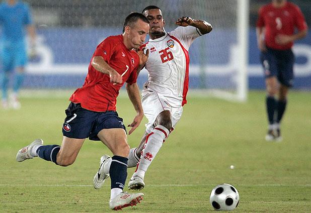 Emiratos Árabes Unidos y Chile en partido amistoso, 9 de octubre de 2010