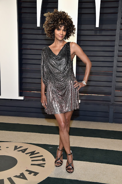 Halle Berry in Forevermark Diamonds at the 2017 Vanity Fair Oscars After Party