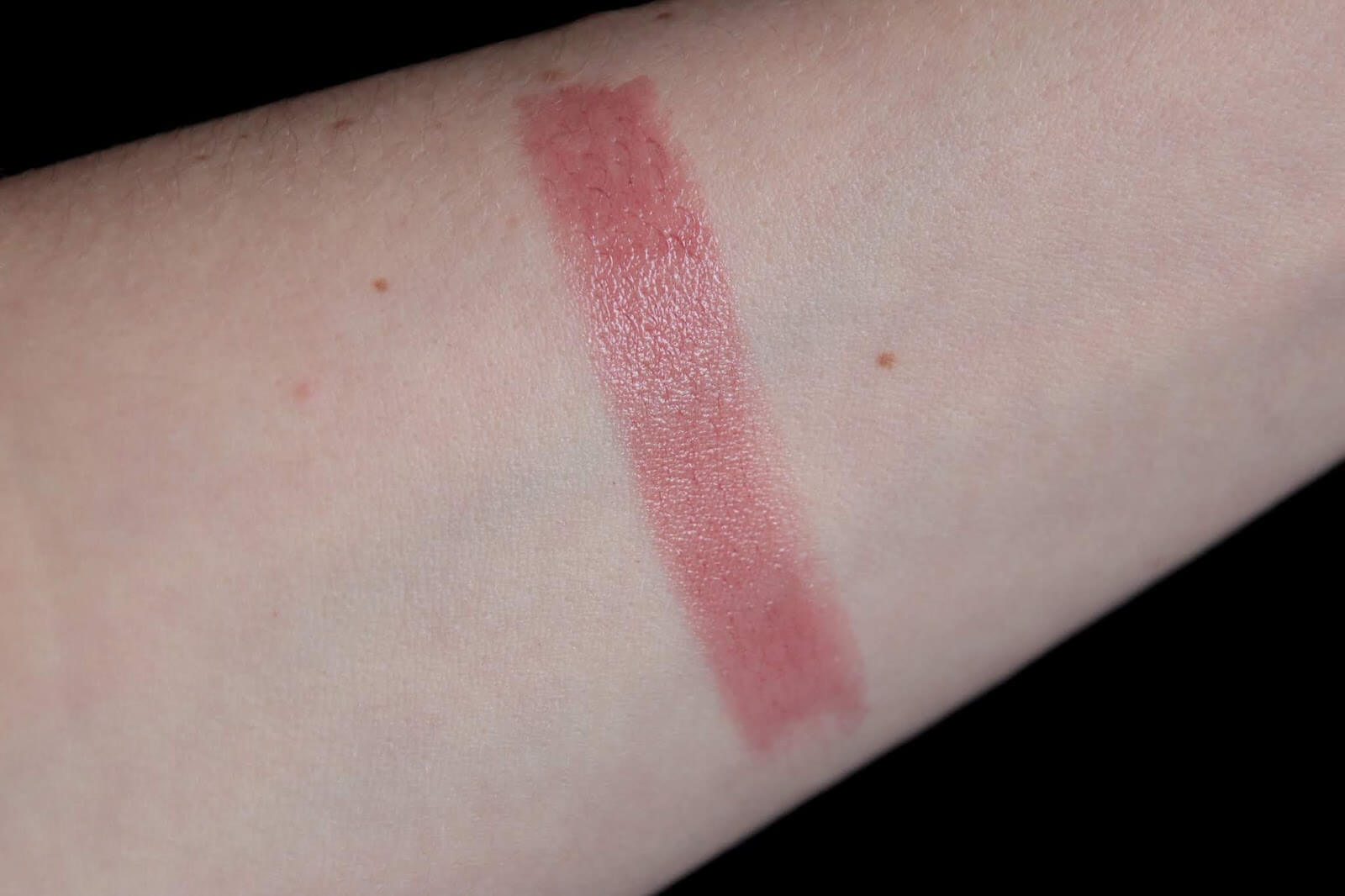 Chantecaille Lip Veil Honeysuckle swatch