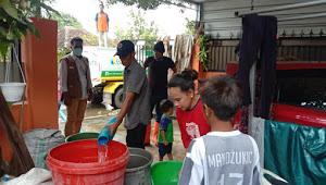 PDAM Hentikan Suplay  Air Bersih: BPBD  Kota Bima Droping Air Bersih di 5 Kelurahan