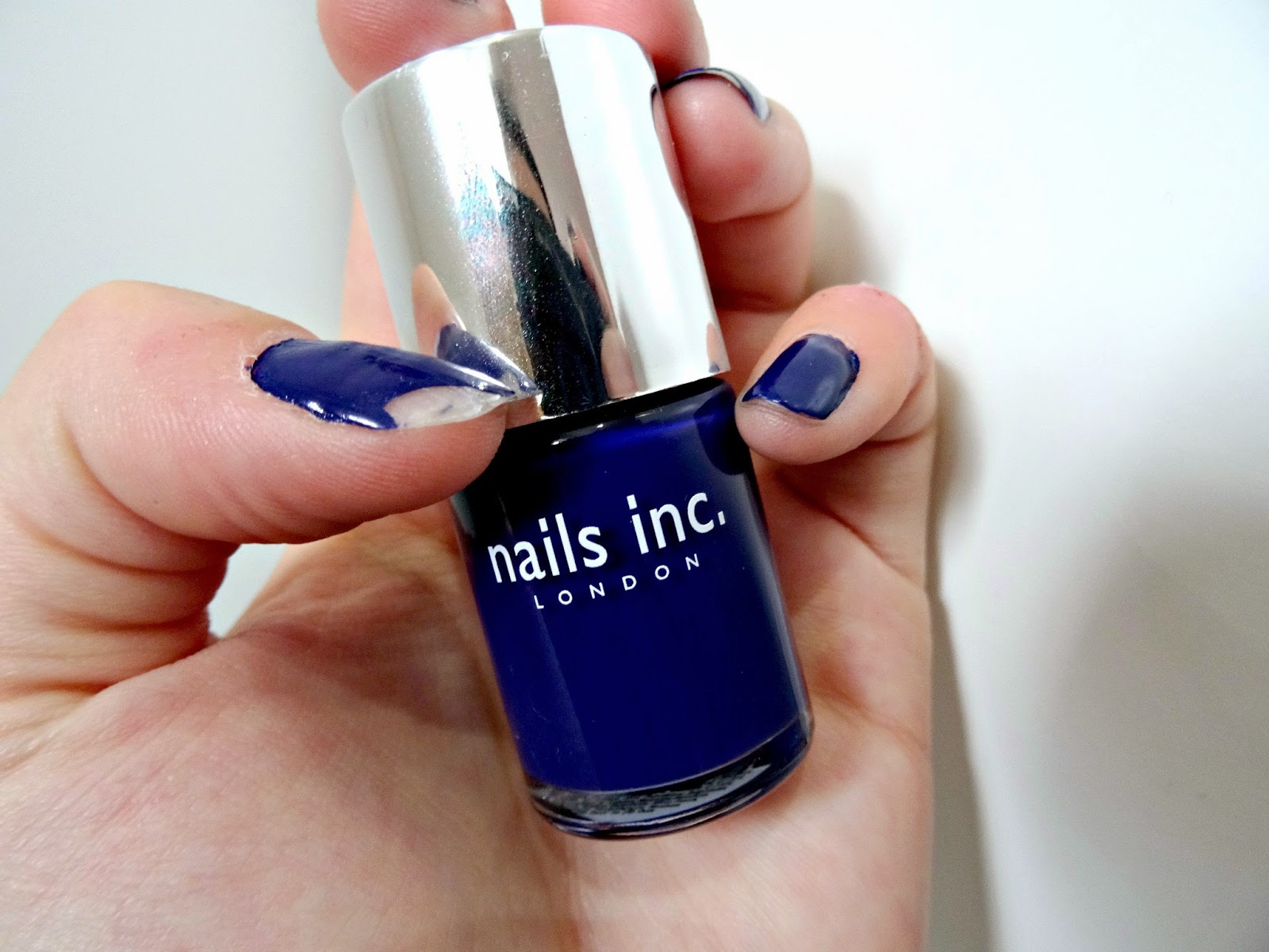 Nails Inc Nail polish chipps very easily
