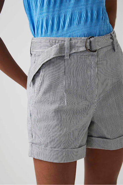 my midlife fashion, Great Plains cotton micro pinstripe shorts