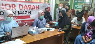 Usai Salat Tarawih, Antusias Donor Darah