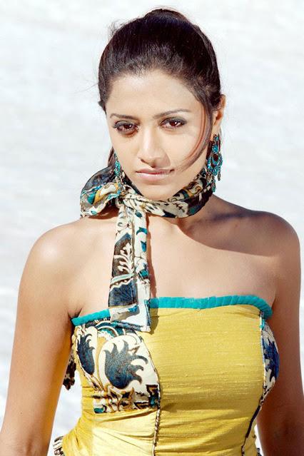 Mallu Actress Mamatha Mohandas Throwback Pics Actress Trend