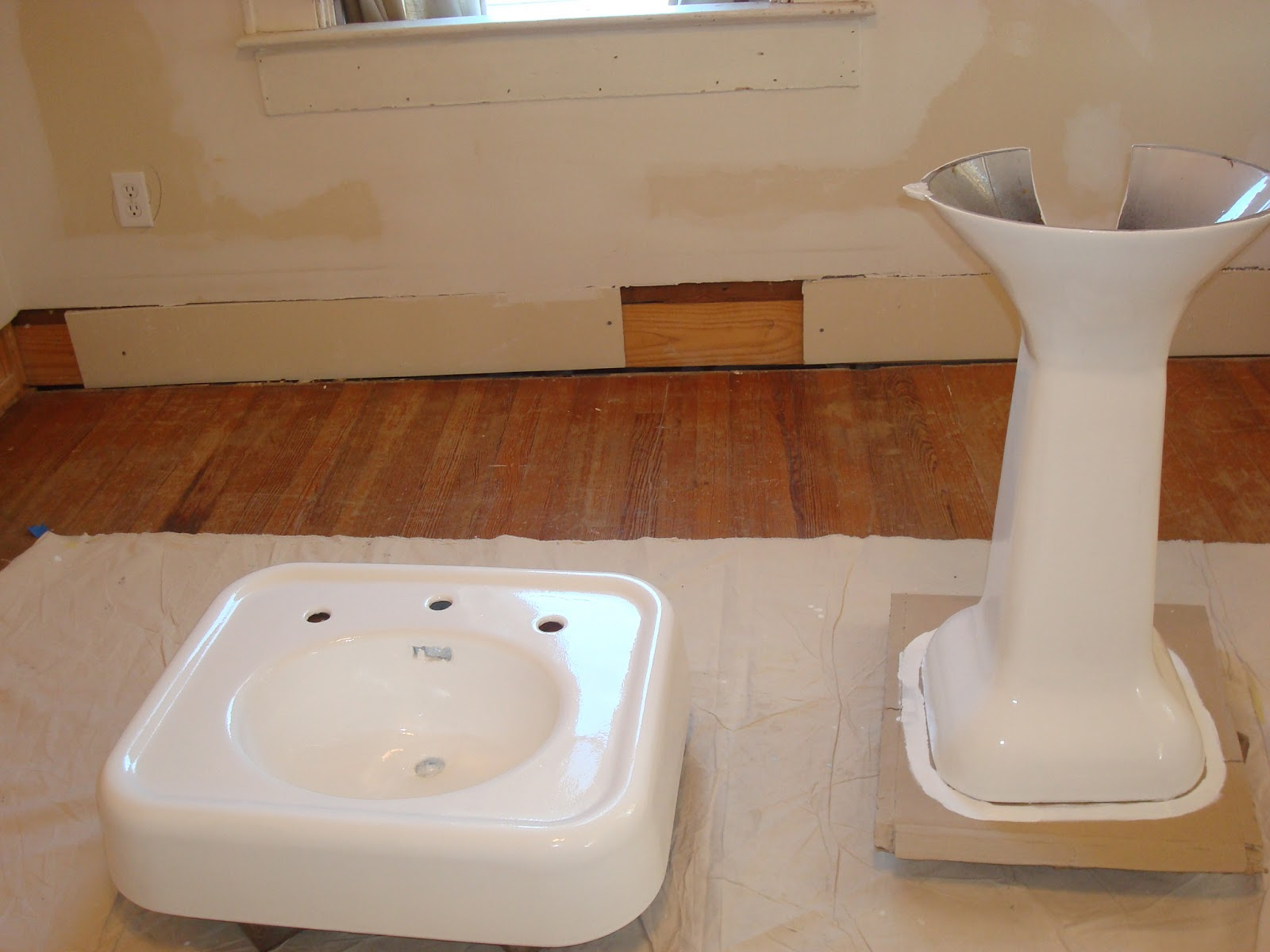 How To Refinish Kitchen Sink What Color Cabinets For A Small 1800 39s House Renovations Refinishing Cast Iron Pedestal