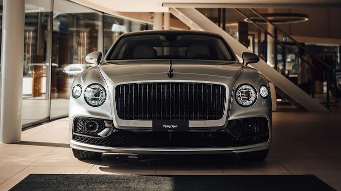 Carro de Luxo Bentley Continental