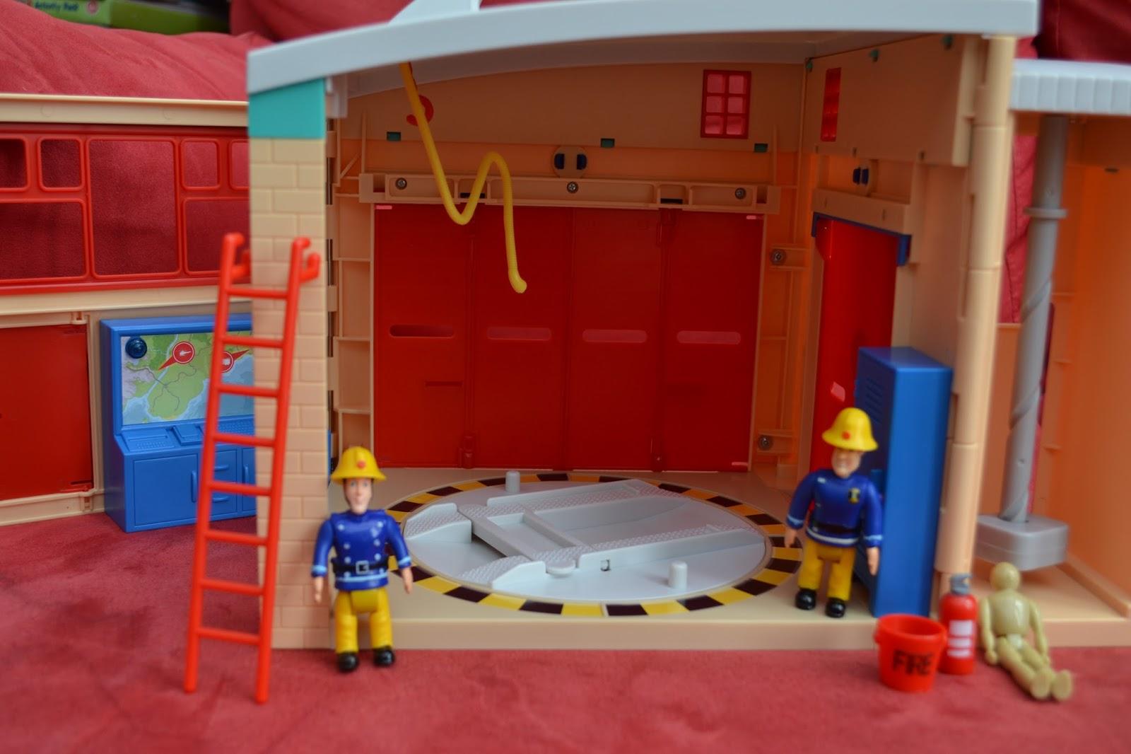 My Monkeys Don T Sit Still Fireman Sam Electronic Pontypandy Fire Station Review