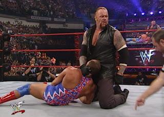 WWE / WWF - Fully Loaded 2000 -  The Undertaker defeated Kurt Angle