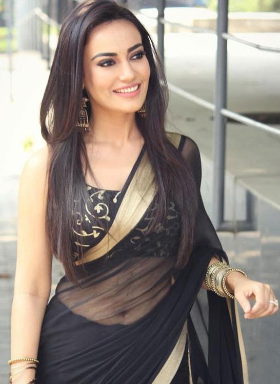 surbhi jyoti in black saree navel naagin 3 actress most popular