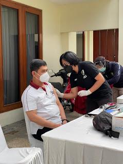 Berada Di Jakarta, Kapolda Sulsel Ikut Vaksinasi Covid 19 di Polda Metro Jaya,