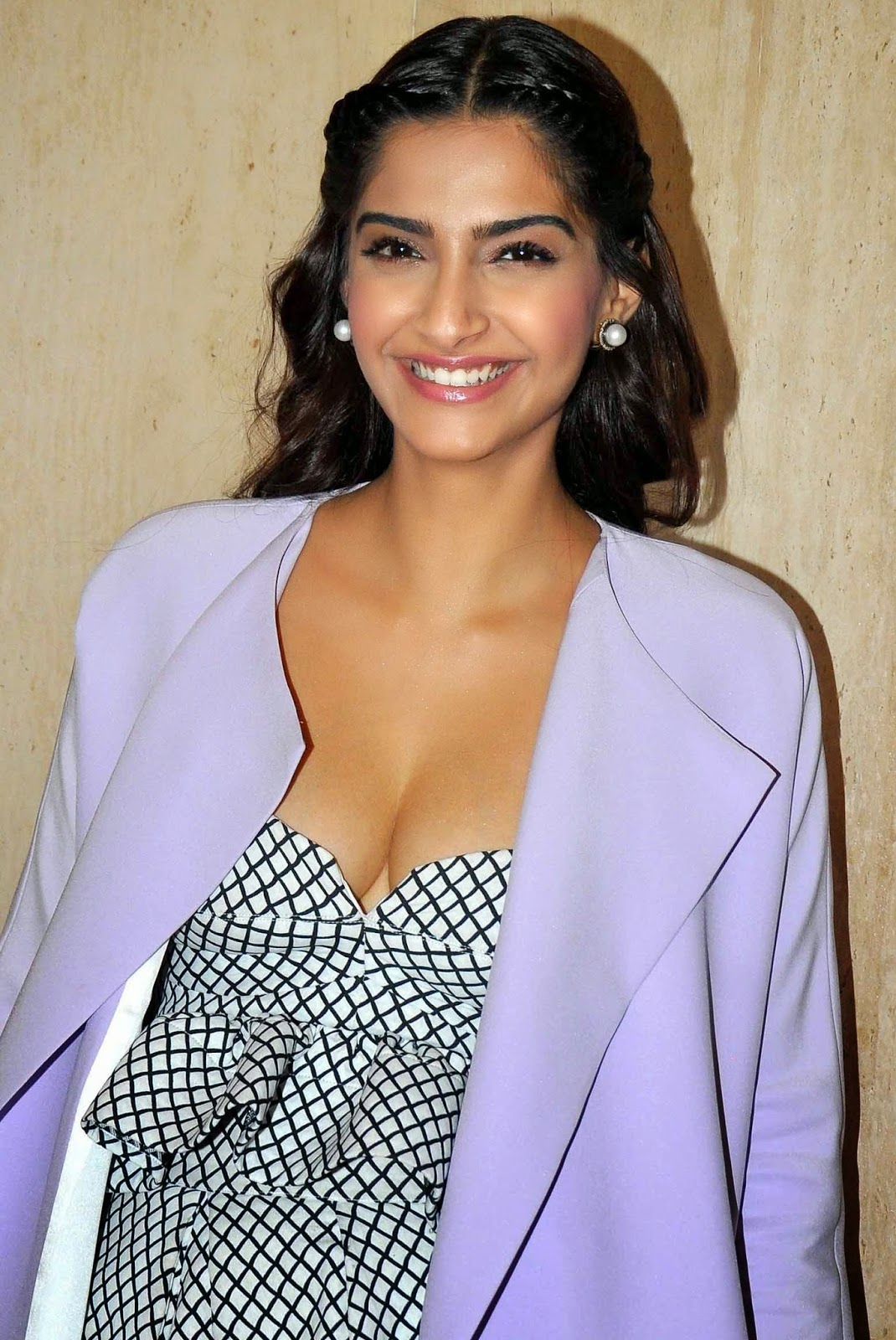 Sonam Kapoor Bollywood Actress Gallery