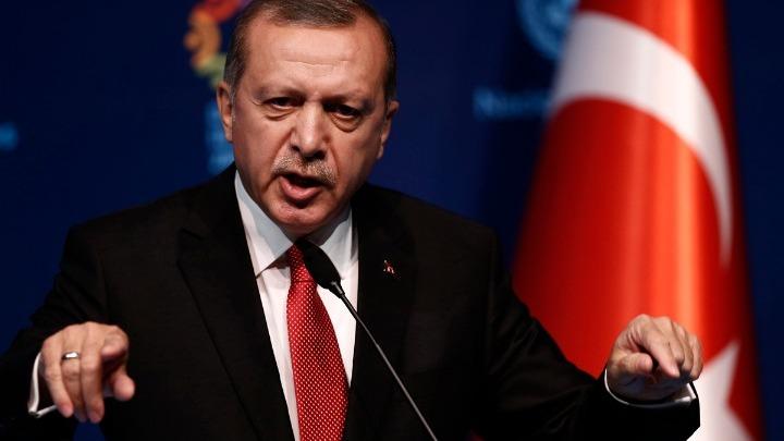 Ερντογάν:«Βάζουν μπροστά μας ένα κράτος, που σε όλη την ιστορία του, κρύβεται πίσω από άλλες χώρες»