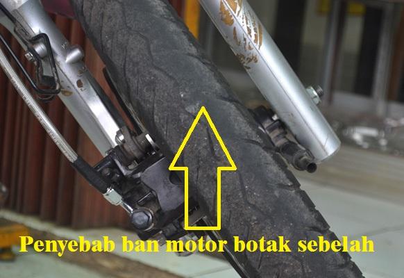 salah satu duduk perkara yang biasanya terjadi pada ban sepeda motor ialah ban mengalami keausa Penyebab Ban Depan Motor Botak Sebelah