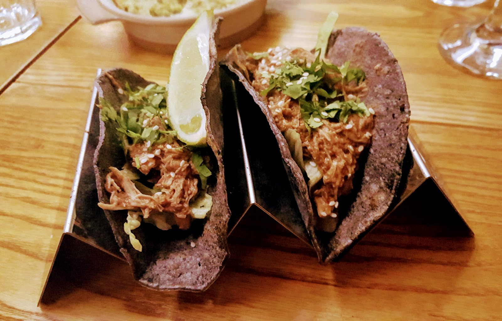 Bodega Leicester Review - mole chicken tacos