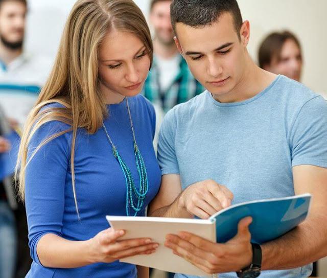 10 نصائح مهمة لطلاب المدارس الثانوية والكليات